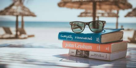 Fun Books to Read While on Vacation